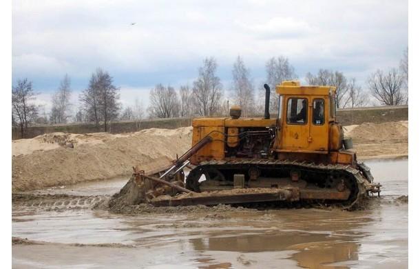 Бульдозер Т-170 болотник